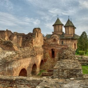 day trips from bucharest - dracula tour