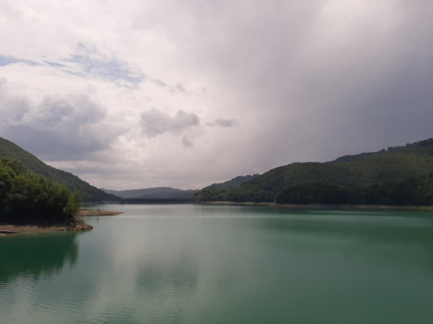 Doftana valley Paltinu lake